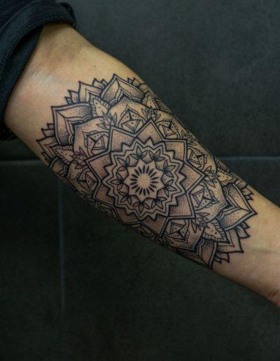Mandala hand
