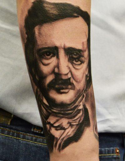 edgar_alan_poe_illusion_realistic_tattoo_portrait