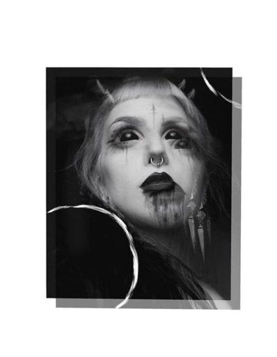illusion_evil_woman_portrait_flash_tattoo