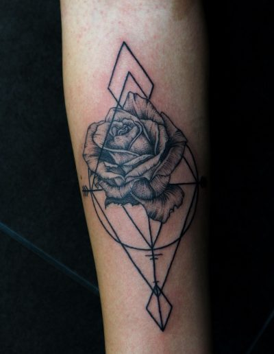 rose with geometric